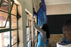 Dell Technologies employees partner witht the Gauteng Department of Education to refurbish classrooms for Mandela Day